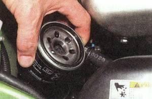 Установка фильтра моторного масла
