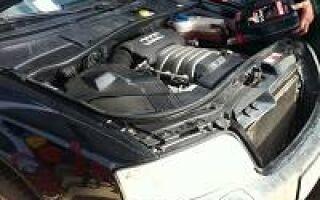 Как производится замена масла в двигателе Ауди?