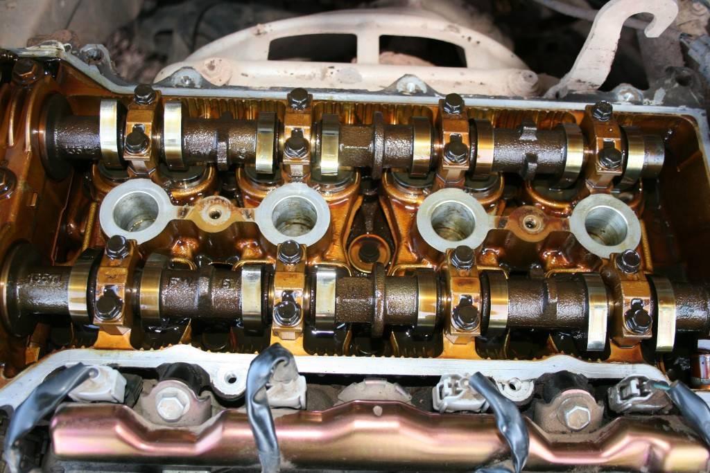 Мотор должен быть обильно смазан смазкой